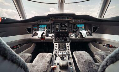 Cockpit der Pilatus PC-24.